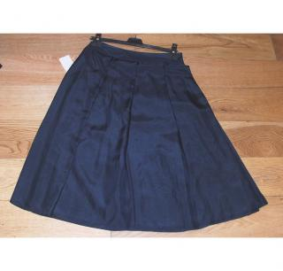 Giorgio ARMANI navy silk skirt, size 42 NEW