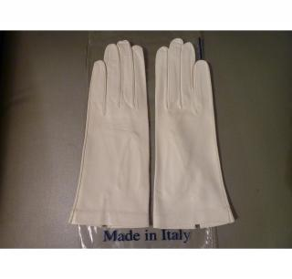 white kid gloves in pristine condition Brand new