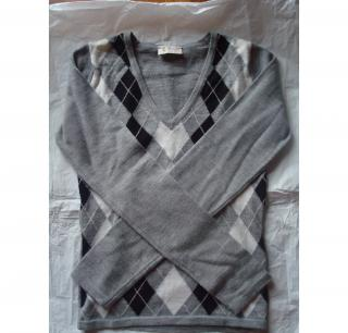 PRINGLE OF SCOTLAND GREY JUMPER W/ BLACK & WHITE DIAMOND DESIGN